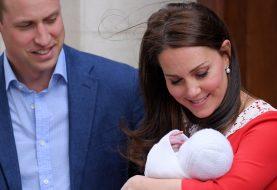 Das königliche Baby trägt bereits Hand-Downs von George und Charlotte