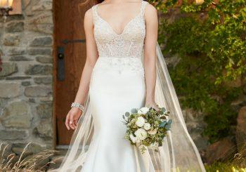Formelles Brautkleid mit Perlen und langem Schleppe