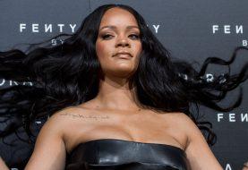Rihanna hat einen ersten Blick auf ihre Dessous-Linie Savage x Fenty geworfen