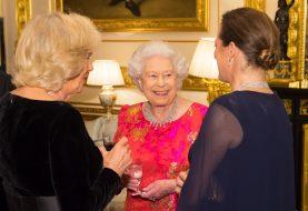 Queen Elizabeth hat eine geheime Passage im Buckingham Palace und es ist sehr James Bond