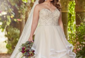 Princess plus size ball gown wedding dress with sweetheart bodice