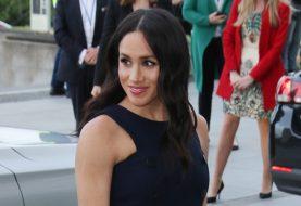 Sie müssen die Make-up-Tasche sehen, die Meghan auf der königlichen Tour aufgenommen hat