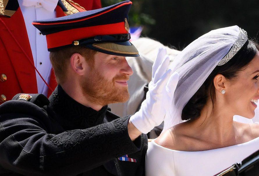 Prinz Harry und Meghan Markle haben ihre offiziellen Hochzeitsfotos veröffentlicht
