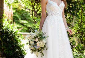 Romantisches Boho Brautkleid mit Spitze Zug