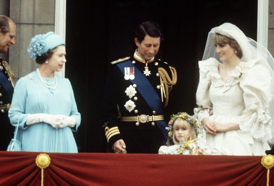 Aus diesem Grund hat die Königin Prinzessin Diana zwei Hochzeitssträuße geschenkt