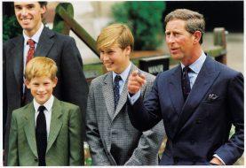 Deshalb reden alle über diese verrückten Fotos von Prinz Charles und Prinz Harry