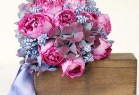 Hochzeitssträuße nach Farbe: Blau